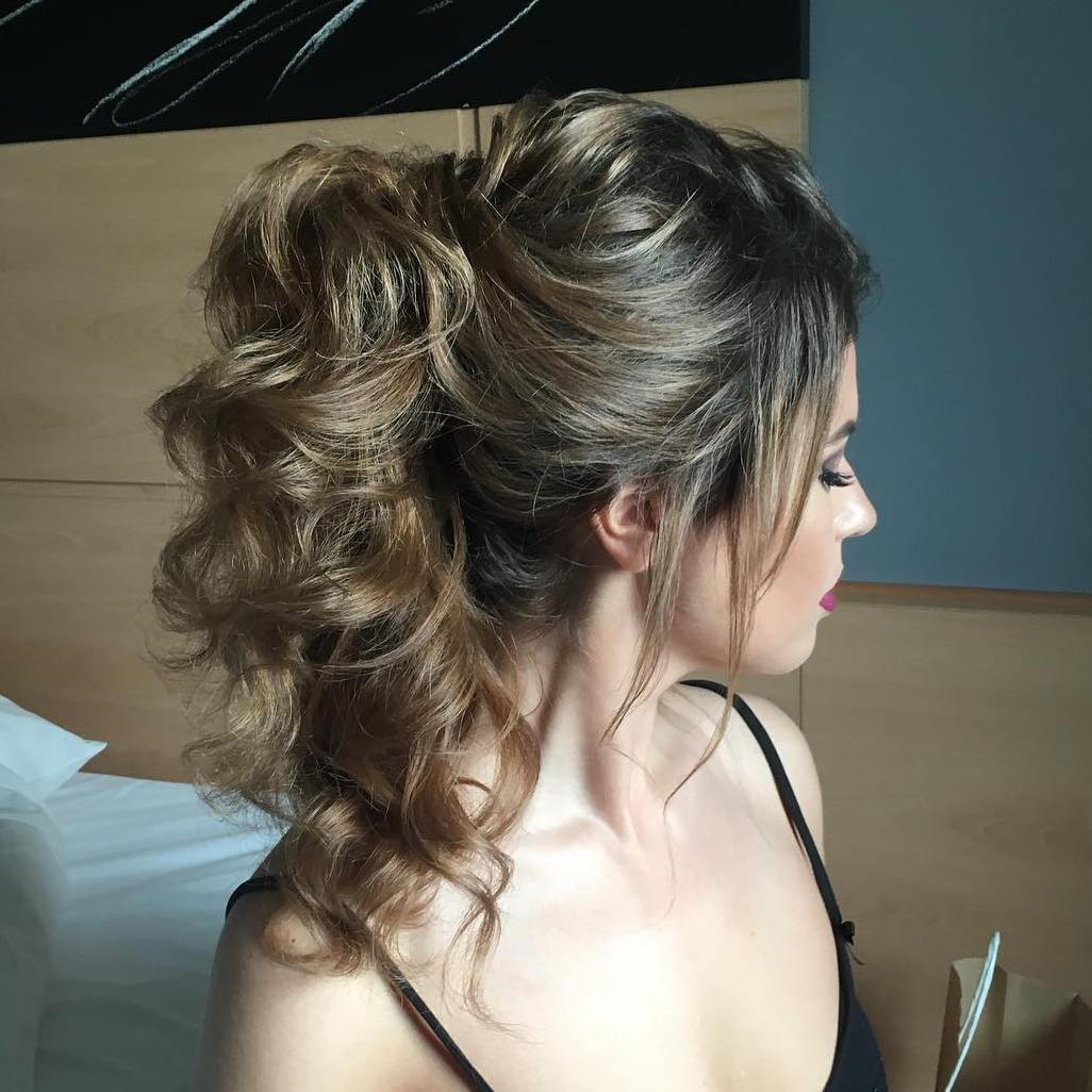 Ponytail Hairstyle for Long Wavy or Curly Hair